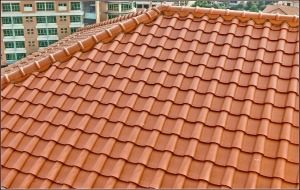 Clay tile roofing options for a building contractor in Kerala